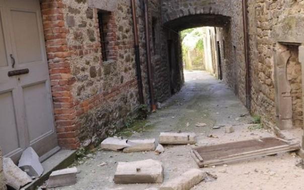 Terremoto in Lunigiana, alcune abitazioni danneggiate