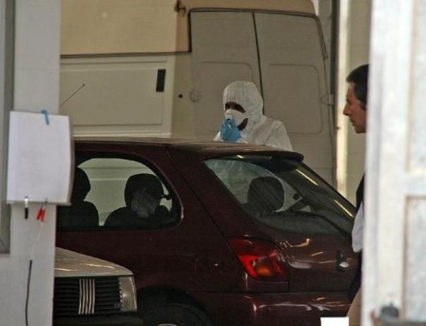 L'auto di Sara Calzolaio analizzata dai Carabinieri del Ris