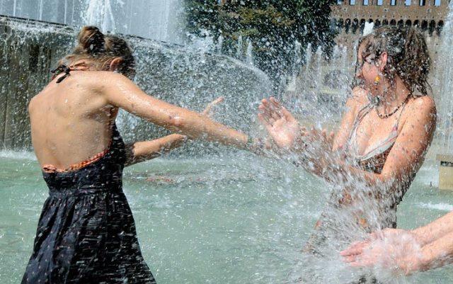 Contro il gran caldo si potrà trovare refrigerio soltanto nelle fontane