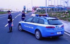Una pattuglia della Polizia stradale