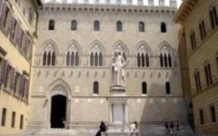 La sede del Monte dei Paschi in piazza Salimbeni a Siena