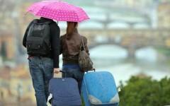 Partenze con la pioggia per il Ponte di Ognissanti