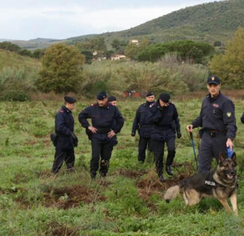 Le ricerche dei carabinieri nel grossetano