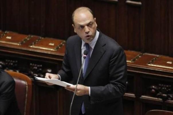 Alfano dichiara guerra alle imprese illegali di Prato
