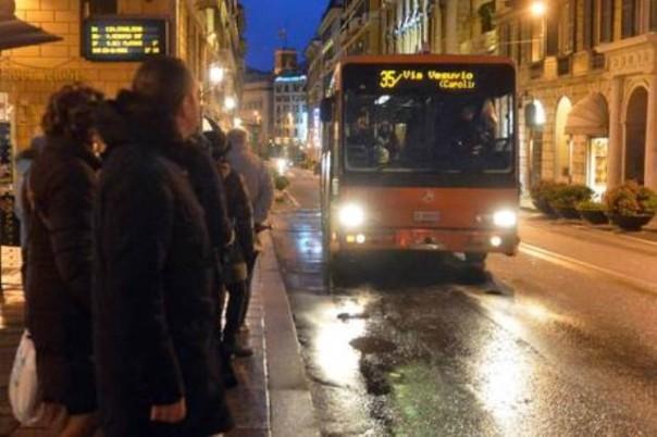 Stop dei bus a Pisa, 6 denunce