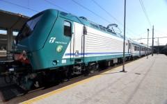 Uomo muore investito, linea ferroviaria interrotta