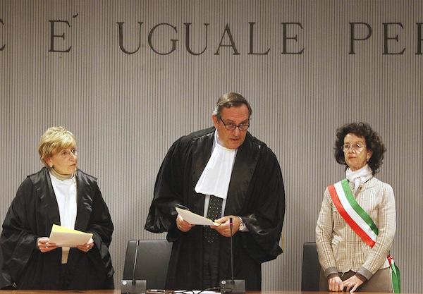 Omicidio Meredith, la sentenza letta dal giudice Alessandro Nencini