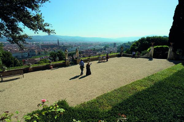 Firenze, Fochi di San Giovanni: guardarli da Villa Bardini per ...