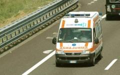 Ambulanze un autostrada, disdettati i telepass