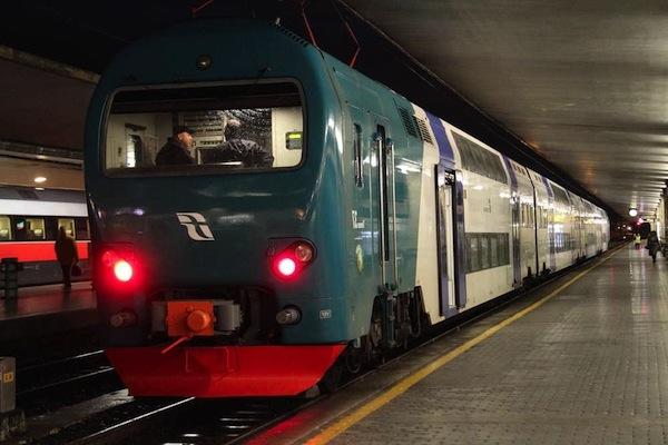 Treno-regionale sx