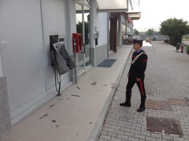 Esplode bancomat a Barberino di Mugello, bottino da 50 mila euro