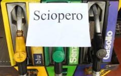 Sciopero dei benzinai, fino al 17 giugno niente self-service. La mappa delle agitazioni fino al 28 giugno