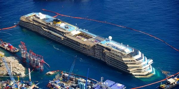 Il governo ha scelto Genova e non Piombino per rottamare la Concordia