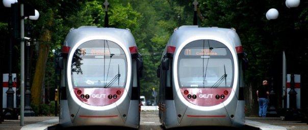 Due tram della linea 1, l'unica attiva a Firenze
