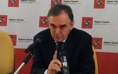 il governatore della Toscana Enrico Rossi
