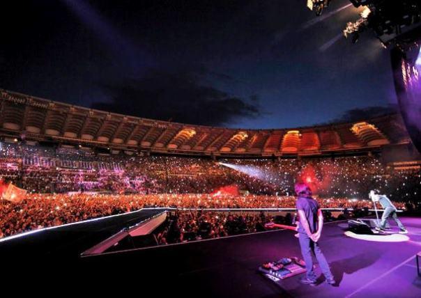 Un concerto di Vasco Rossi allo stadio (dalla pagina Facebook ufficiale)