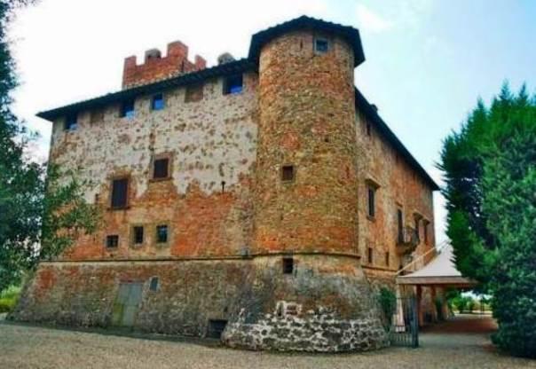 Il castello di Tavolese, nel Chianti fiorentino