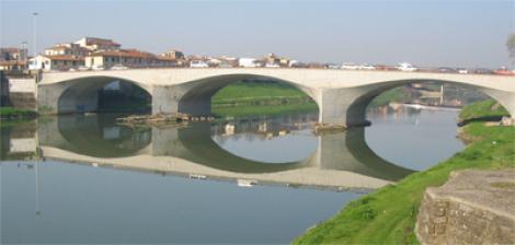 Il ponte alla Vittoria a FIrenze