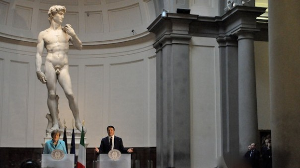 Angela Merkel e Matteo Renzi sotto il David