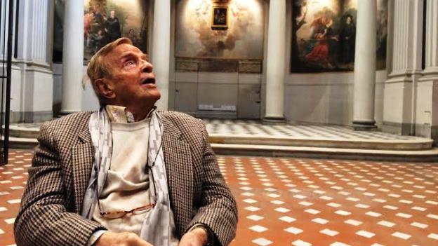 Il maestro Franco Zeffirelli in visita all'ex tribunale di piazza San Firenze, dove  sorgerà la suaFondazione e la scuola dell'arte dello spettacolo