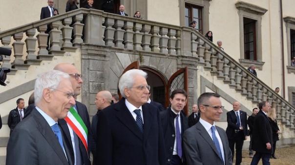Il presidente Mattarella al suo arrivo a Villa Castel Pulci