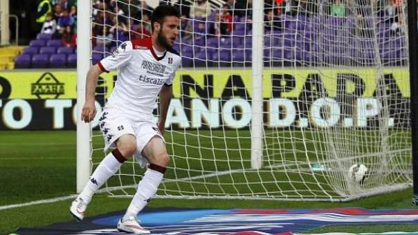 Fiorentina-Cagliari, il gol del vantaggio dei sardi, segnato da Cop