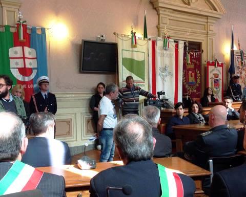 Moby Prince, Loris Rispoli durante il suo intervento in Consiglio comunale (foto Facebook Luchino Chessa)
