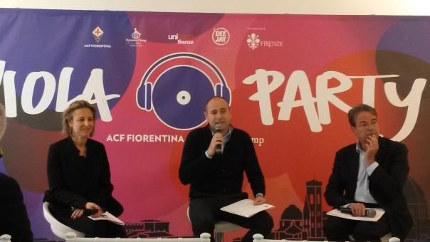 """Un momento della conferenza stampa di presentazione di """"Viola Party"""""""