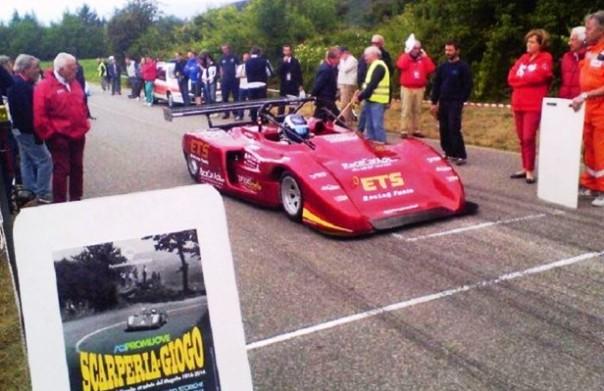 In gara le auto da corsa storiche alla Scarperia-Giogo