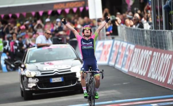 Giro d'Italia: Jan Polanc ha vinto la tappa La Spezia-Abetone dopo una fuga solitaria di 136 chilometri