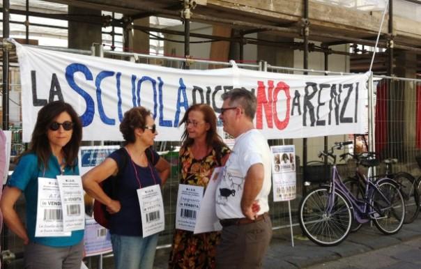 Scuola, protesta a Firenze contro la riforma