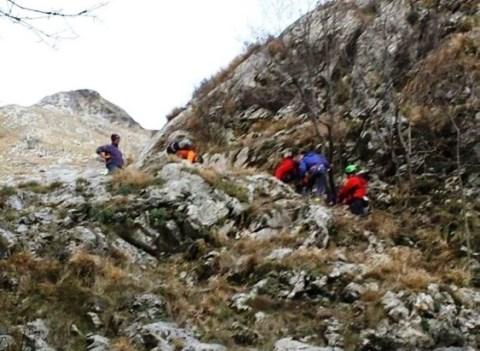 Tragedia sui monti della Lunigiana, una donna è morta durante un'escursione