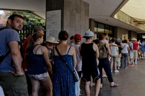 Turisti in coda a Pompei
