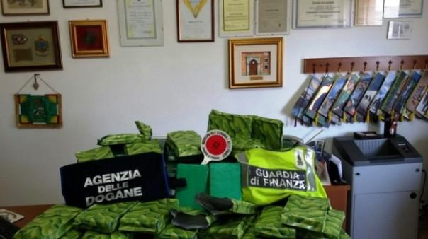 Cocaina nelle banane, sequestrata droga per 15 milioni di euro