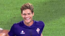 Fiorentina-Milan, l'esultanza di Alonso dopo il gol (foto Twitter - SportMediaset.it)