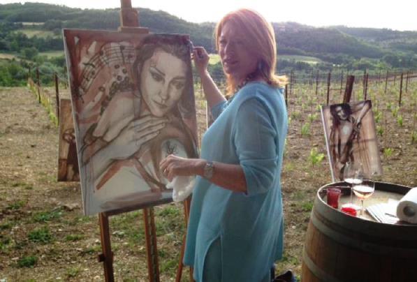 La pittrice di enoarte Elisabetta Rogai (foto dal suo sito web)