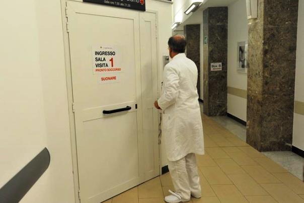 Sanità toscana, quattro medici indagati per la morte di un bimbo di 7 mesi dopo le dimissioni dall'ospedale