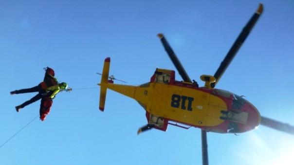 Un elicottero Pegaso del 118 ha urtato cavi elettrici, precipitati medico e infermiera