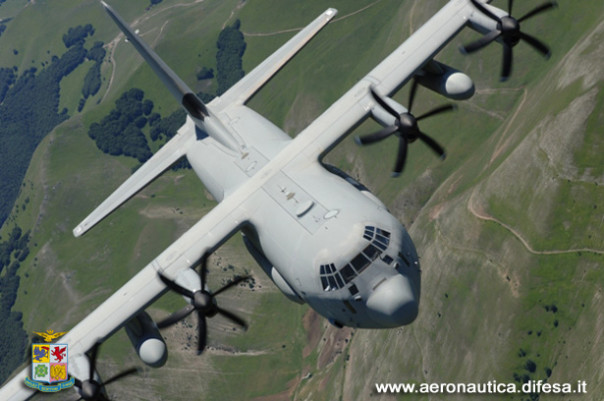 Aeronautica Un C130J della 46ª Brigata Aerea di Pisa