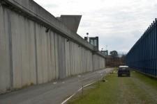 Carceri: chiuso camminamento ronda muro cinta a Sollicciano