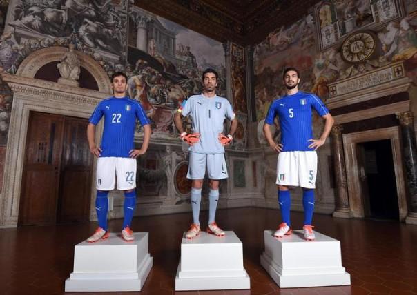 Le nuove maglie della Nazionale italiana di calcio