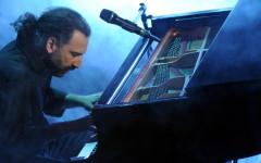Il pianista Stefano Bollani, che suonerà coi giovani talenti delle Master Classes il 3 settembre
