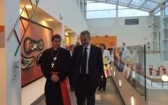 Il cardinale Giuseppe Betori in visita al Meyer nel giorno della Befana 2016