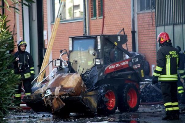 Incendio fabbrica Prato: trovato corpo, due i morti