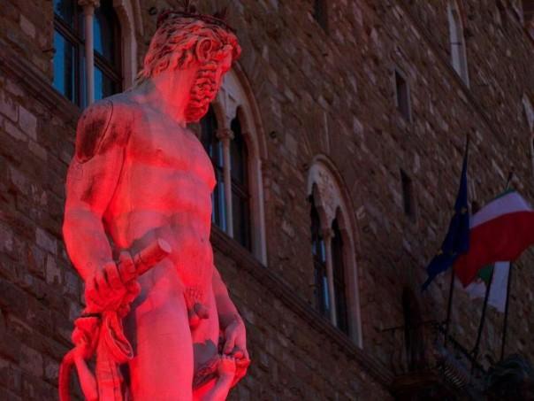Siria: piazza Signoria illuminata
