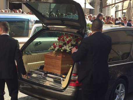 Frana Apuane: funerali cavatori Massa