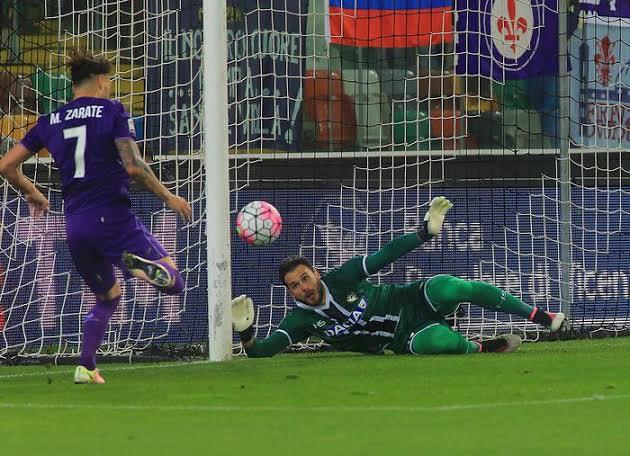 Il gol di Zarate, che regala il momentaneo pareggio alla Fiorentina