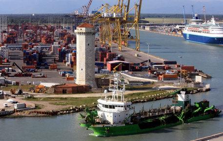Porti:Livorno;conclusi dragaggi Darsena Toscana