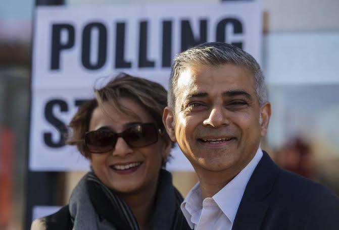 Sadiq Khan, primo sindaco musulmano di Londra, con la moglie