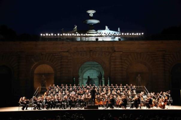 PRESSPHOTO Firenze, Palazzo Pitti, concerto di chiusura del 76¡ MMF, dirige Sergio Alapont giuseppe cabras/newpressphoto
